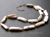 CITY NIGHTS - keishi pearl necklace