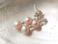 MIA pearl earrings